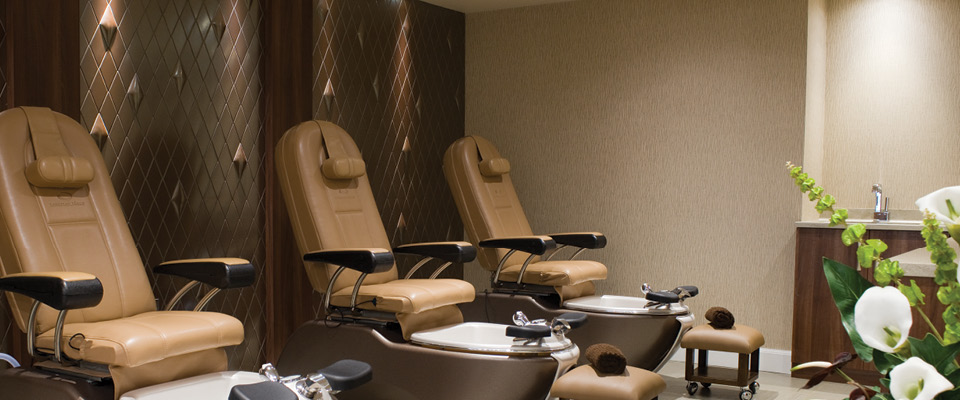 The woodland spa named best in the north burnley for Best bathrooms uk burnley